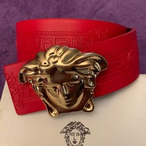 Versace Belt Size 28/32 Waist with box